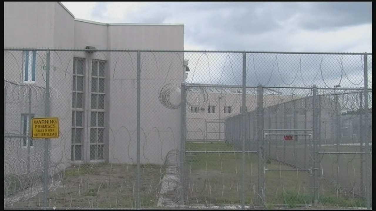 Jail worker accused of workers' comp fraud