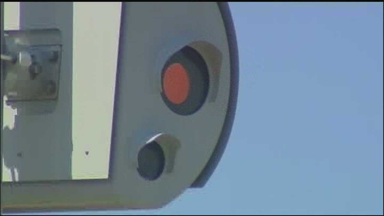 Where will county place 80 new red-light cams?