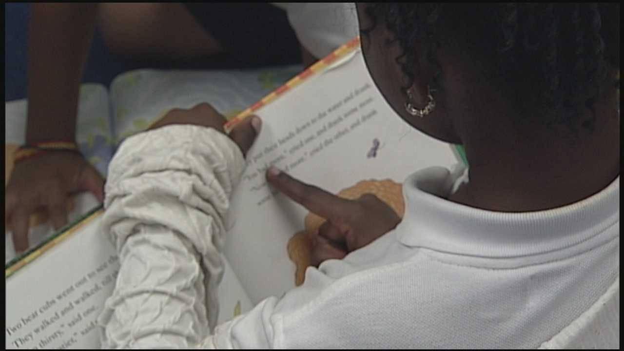 Gov. Scott signs bill for teacher pay raises