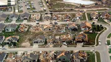 1. Feb. 23, 1998 – During an event that spawned 12 tornadoes in Florida, this EF3 tornado hits Osceola and Orange counties just after midnight, killing 25 people and injuring 150