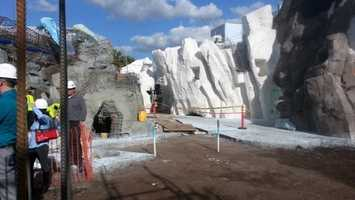 @tenticle - #TODAYinorlando should totally come to Antarctica (SeaWorld) to get a sneak peek!