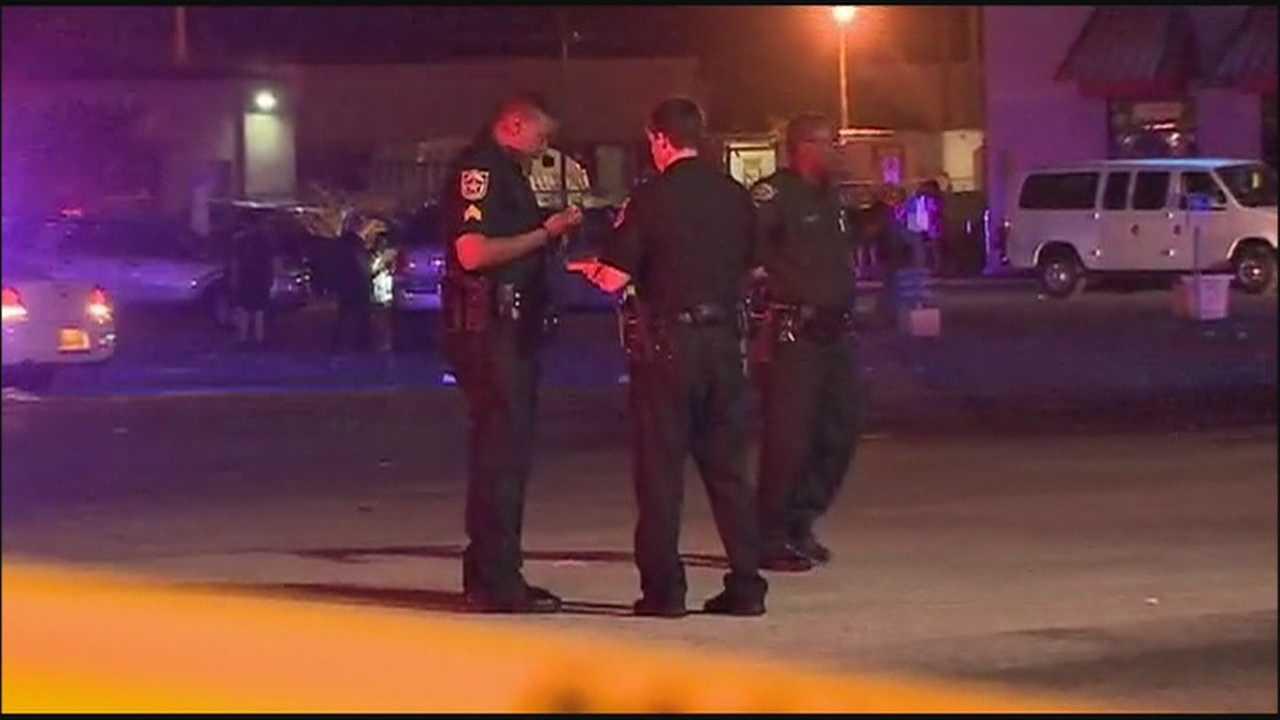 Man fatally shot in Mandarin Plaza parking lot