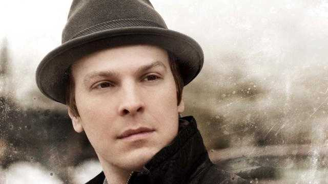 """Gavin DeGraw: Universal's Summer Concert Series welcomes the """"Not Over You"""" singer this weekend. The shows are included in park admission."""