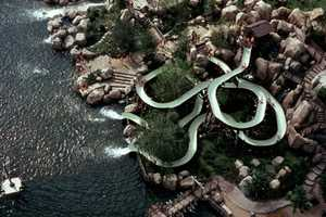 River Country closed on Nov. 2, 2001. On Jan. 20, 2005, it was announced that River Country would remain closed forever.