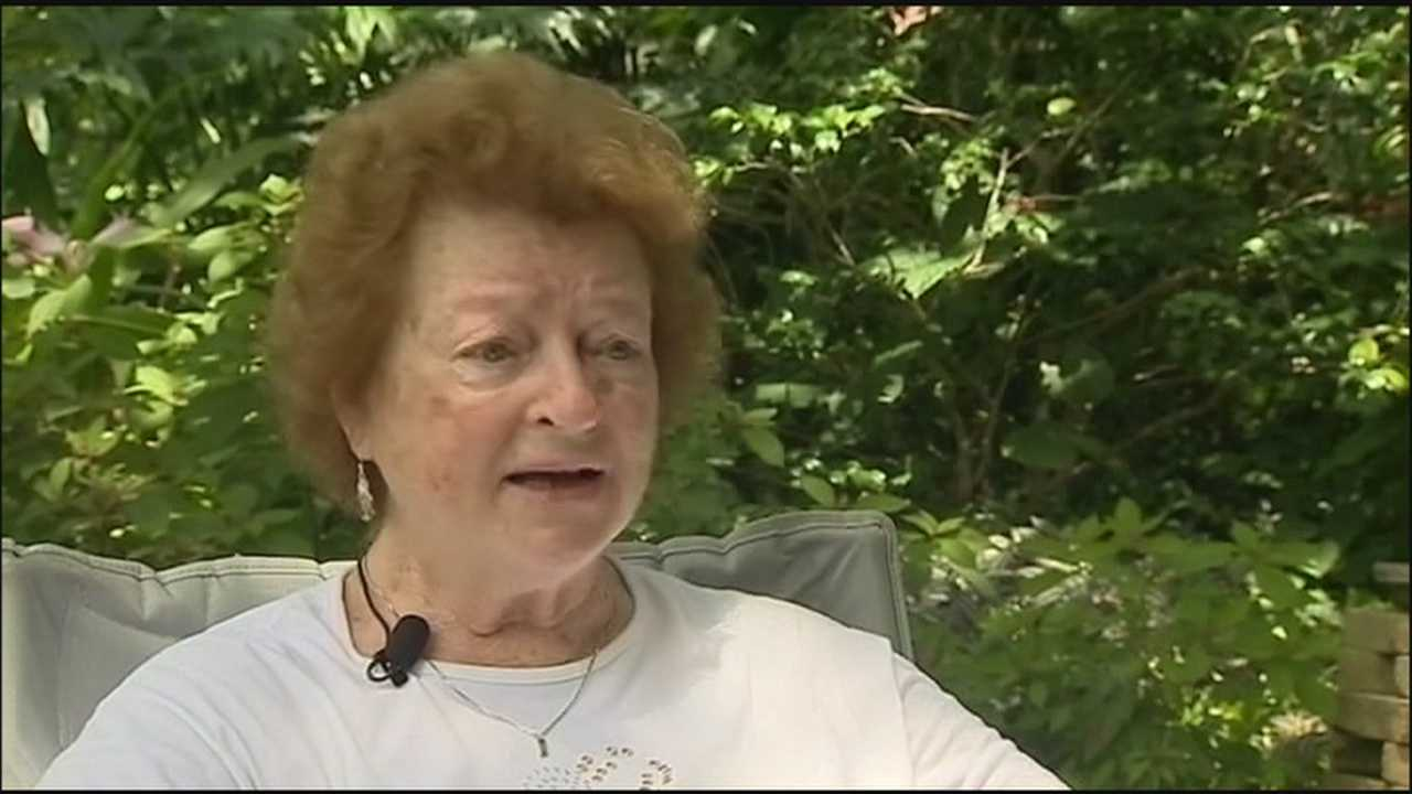 Officials warn against thieves targeting Florida grandparents