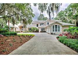 Winter Park lake-front living at its finest. Tour this fantastic $3.5 million, 6 bedroom, 7 bathroom Lake Mizell home on Realtor.com.