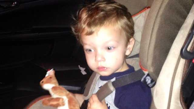 Boy found wandering in traffic