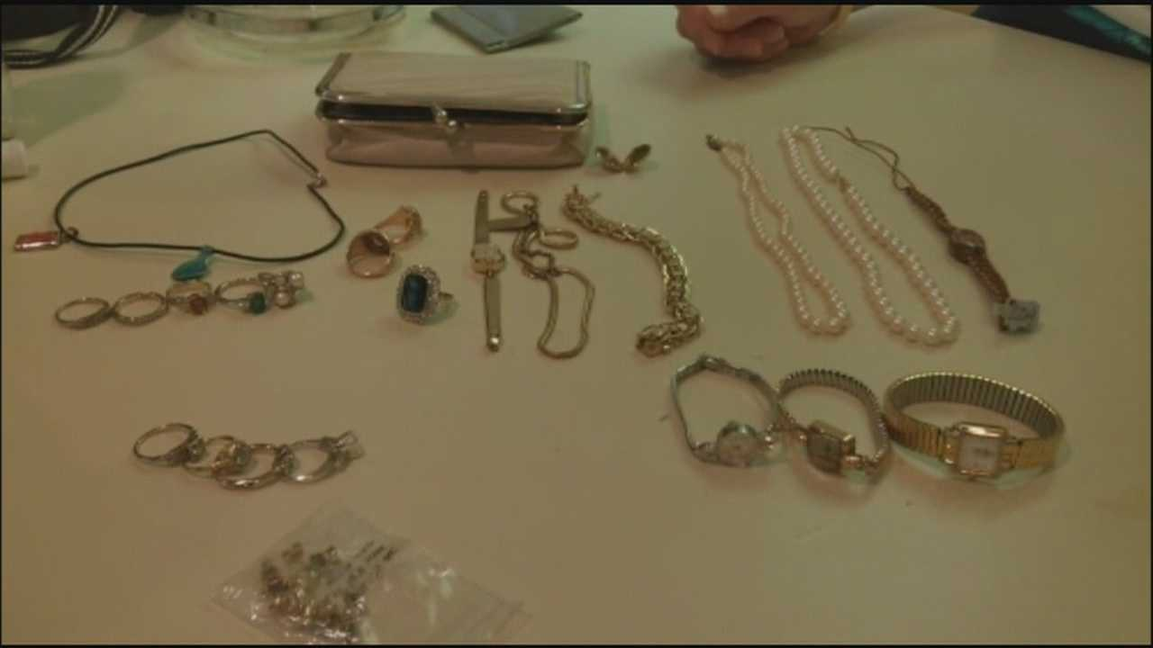 Housekeepers find jewelry missing for 3 years