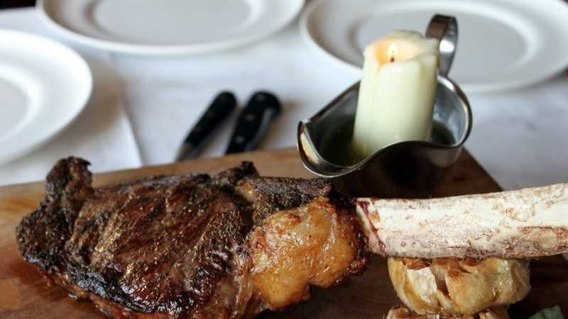 Tomahawk-Steak-for-Two-Bull and Bear