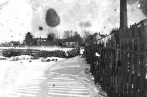 Snow in the backyard of a home in Apalachicola, Florida. Photograph taken in 1899.
