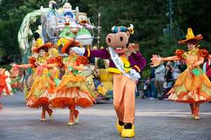 The parade will take place three times daily, throughout the month of October.