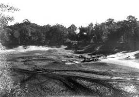 The sinkhole of Lake Iamonia, Leon County in 1934.