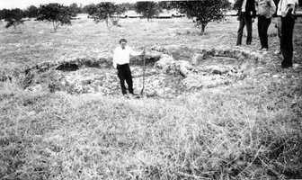 Sinkhole number 11 in the Cosme-Odessa area in 1930.