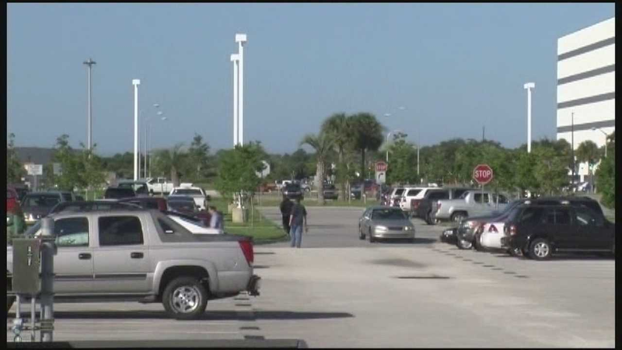 More than 7,000 people are back to work at Central Florida's largest federal workplace: the Kennedy Space Center.