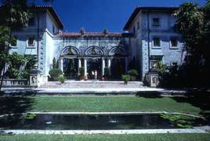 The Vizcaya museum, previously known as the James Deering estate, is now a popular historical landmark. Never had time to visit the Miami museum? Click through to see more!
