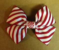 Here are some examples of the bows that Bows for Boo Boo has put together.