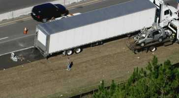 A fatal traffic accident shut down Interstate 4 eastbound in Volusia County for hours on Tuesday morning.