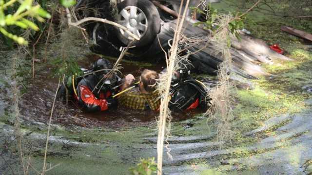 Polk County submerged car (18).JPG (1)