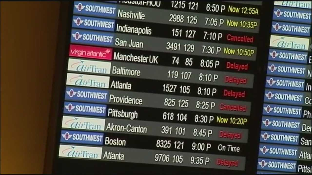 Massive snow storm causing delays at airport