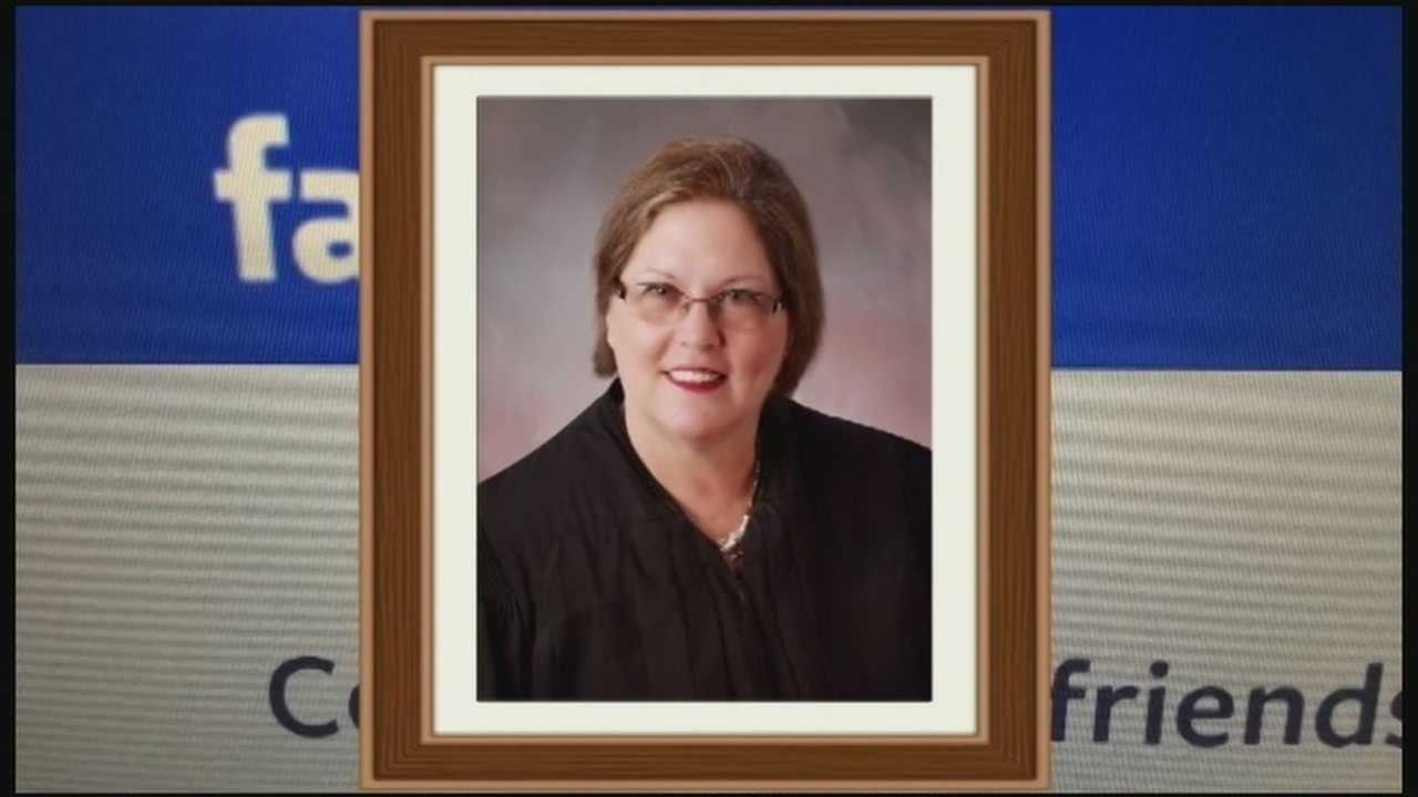 Judge faces complaint over Facebook friend request