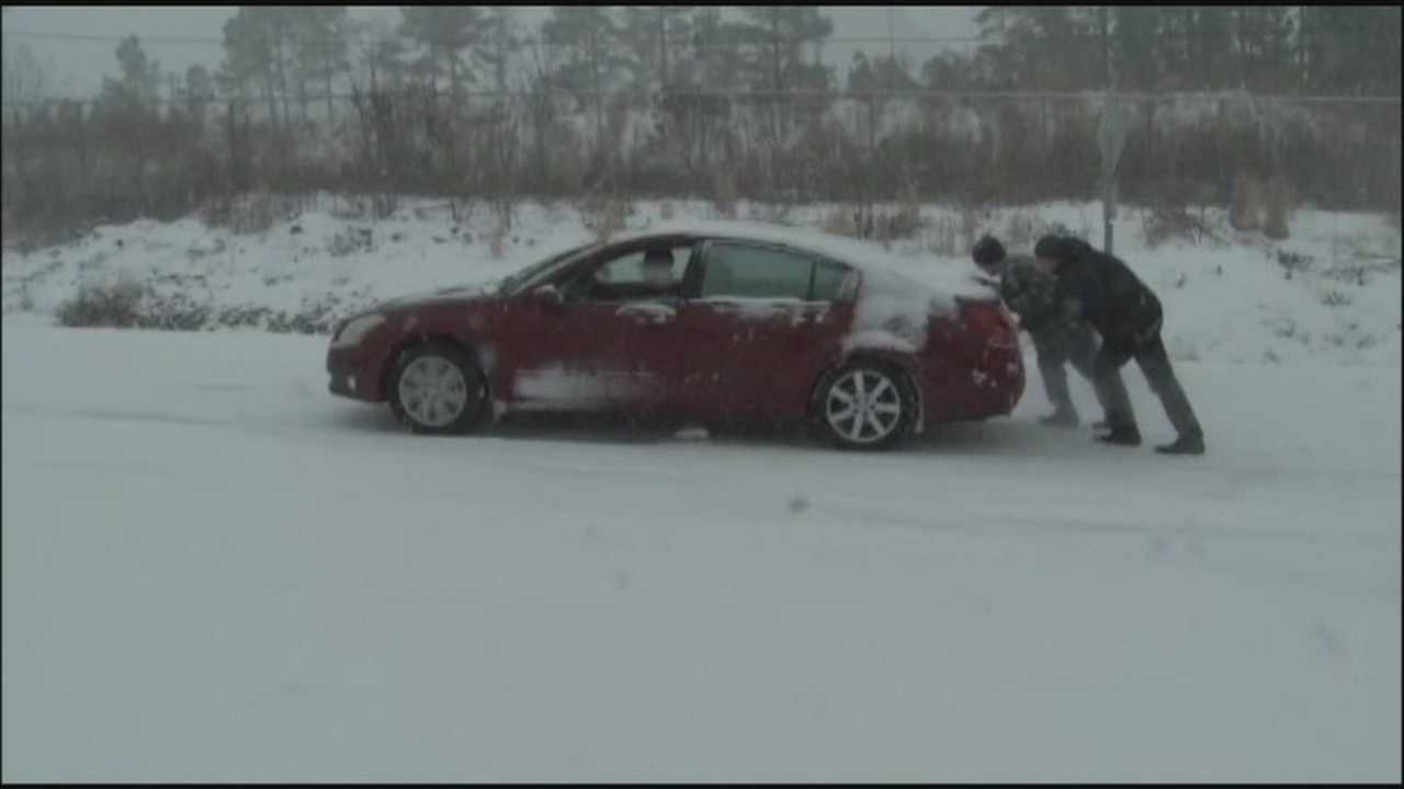 Travelers stranded at OIA because of latest winter storm