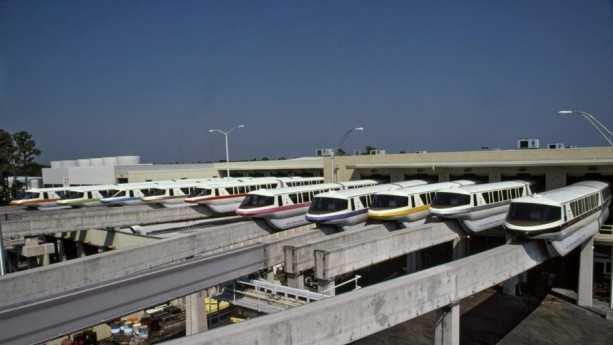 monorail 3.jpg