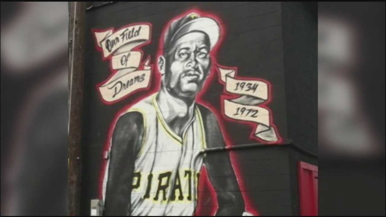 Roberto Clemente mural will be repainted after destruction sparks support