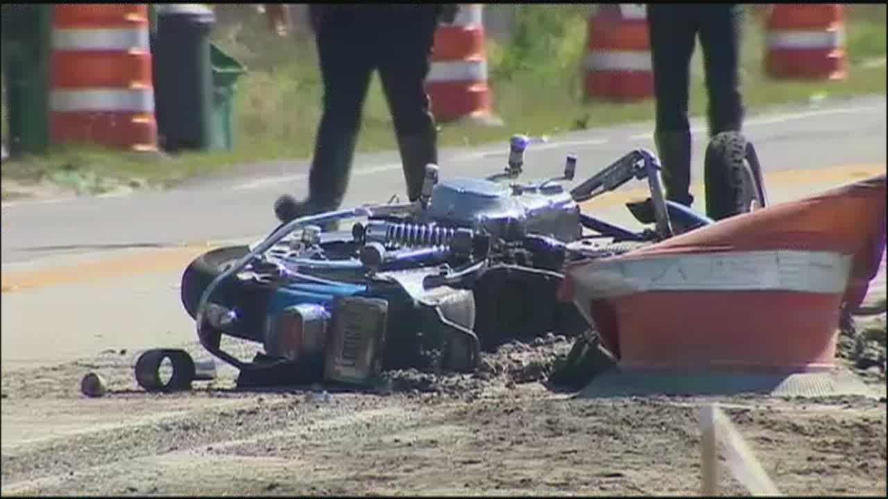2 Canadian motorcyclists killed in accident involving spool of electrical wire