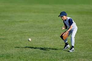 10. When he was a child, Brett wanted to grow up and be a baseball player.