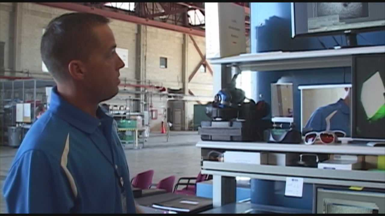 Engineers working at Kennedy Space Center to repair old hangar