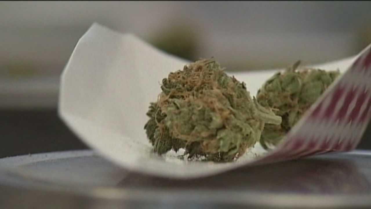 Scott expected to sign bill legalizing low-THC medical marijuana