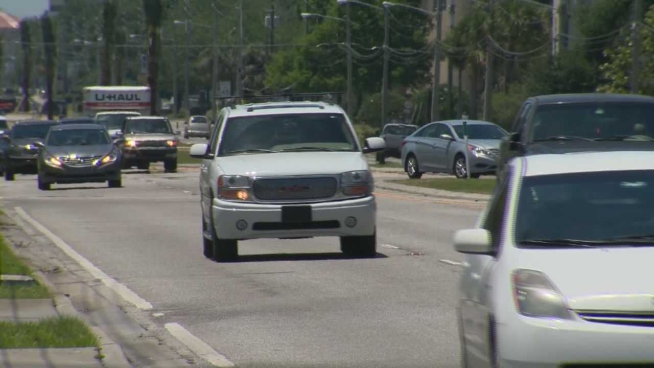 Commissioners review possible plans for Lee Road expansion