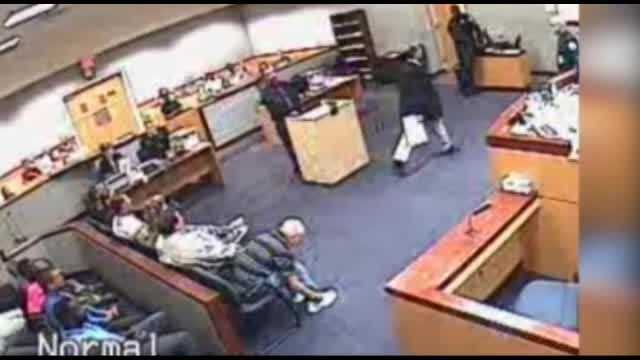 Raw video: Judge accused of attacking lawyer in hallway
