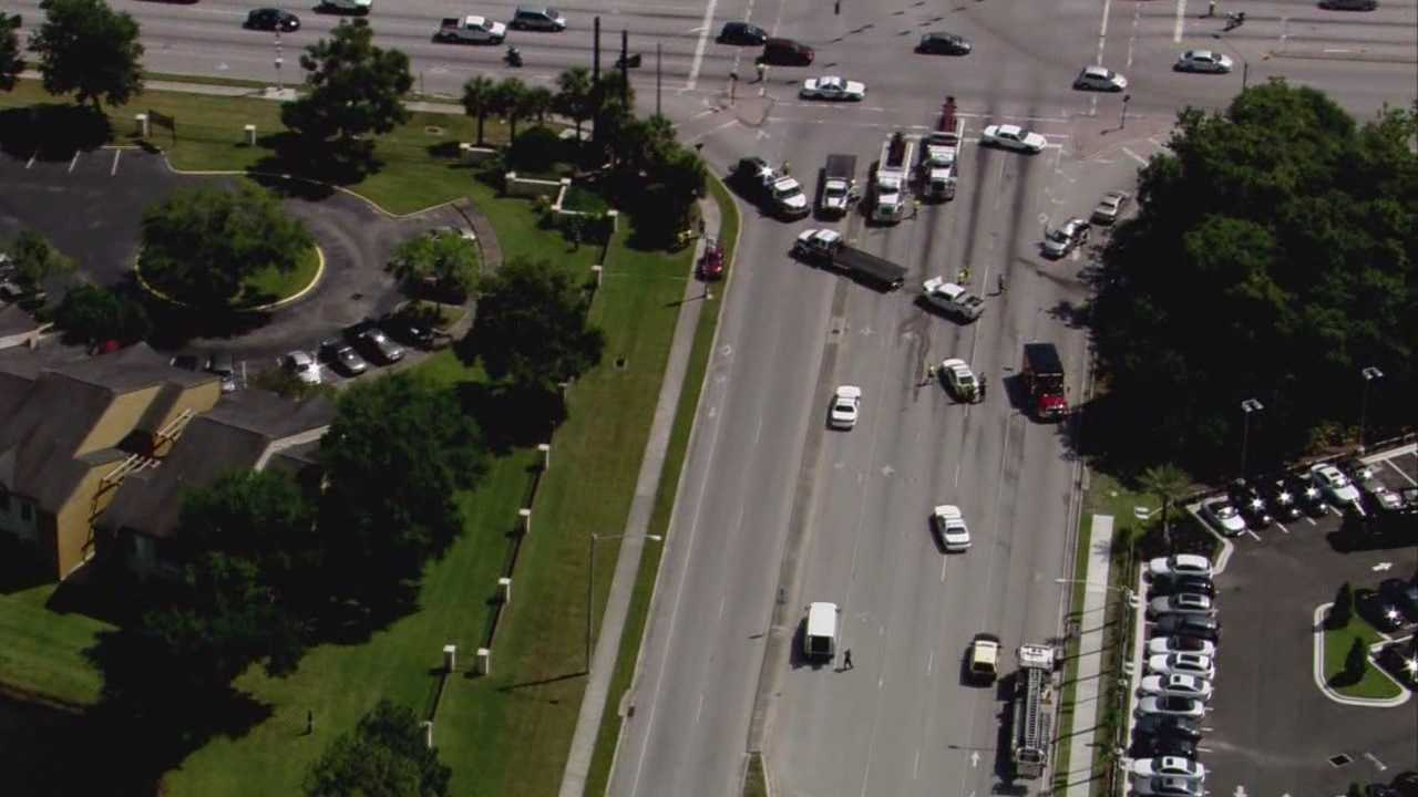 Sand truck caused 7-vehicle crash in Orlando