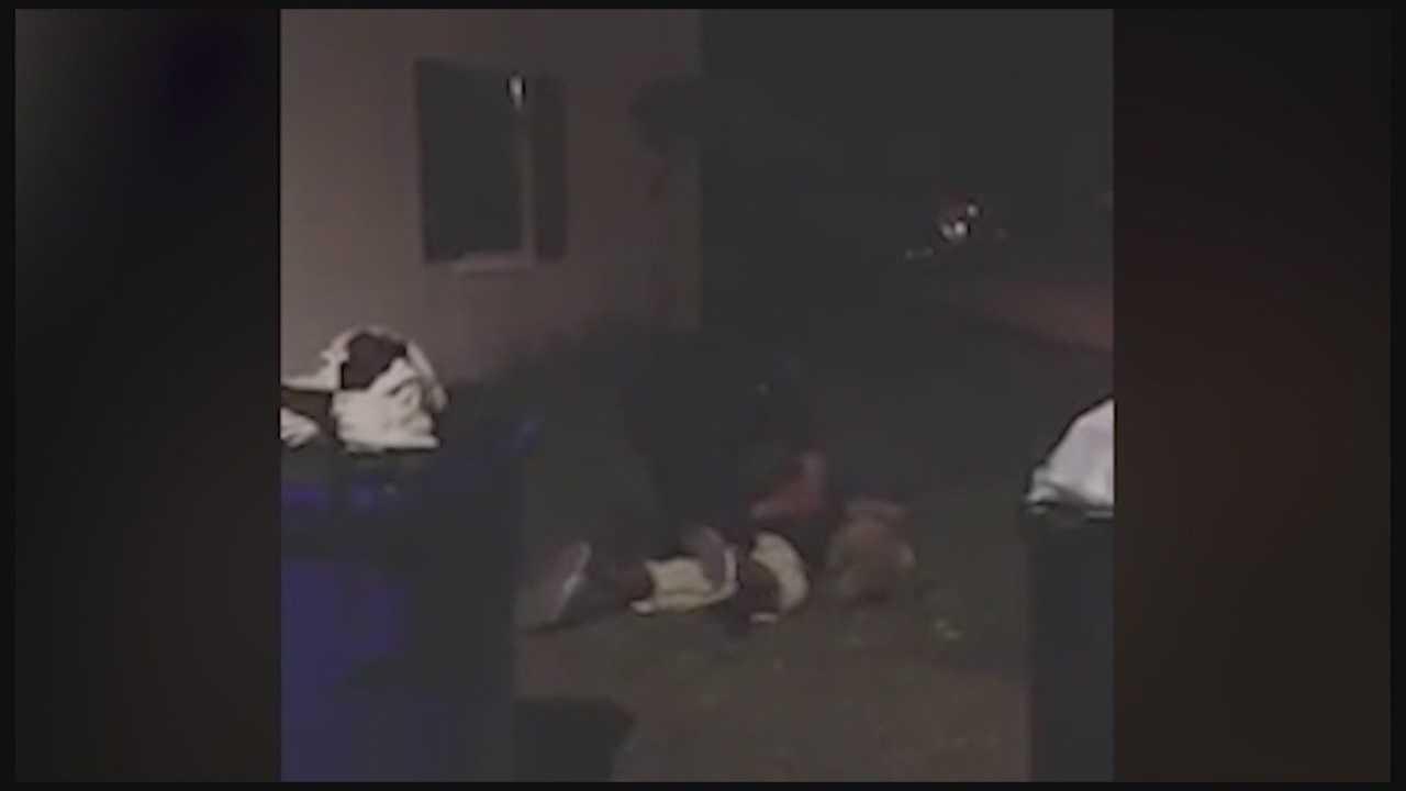Orlando police investigating officer in violent arrest