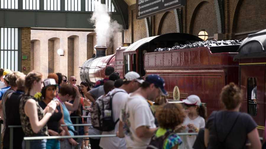 Hogwarts Express preview.jpg
