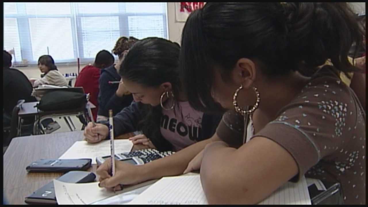 img-Students still awaiting grades in Osceola County