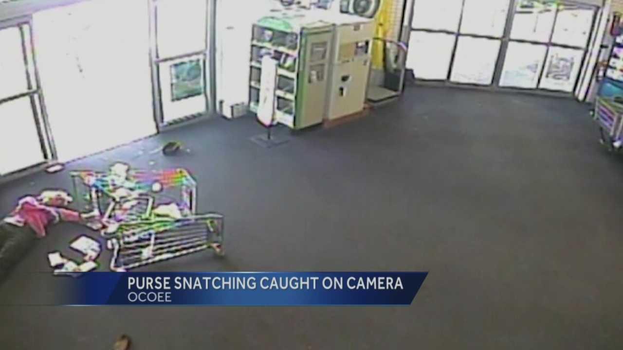 Woman injured in supermarket purse snatching