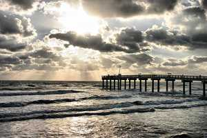 The Movoto Real Estate Blog has ranked the 10 best places to live in Florida. See how they came up with the rankings.