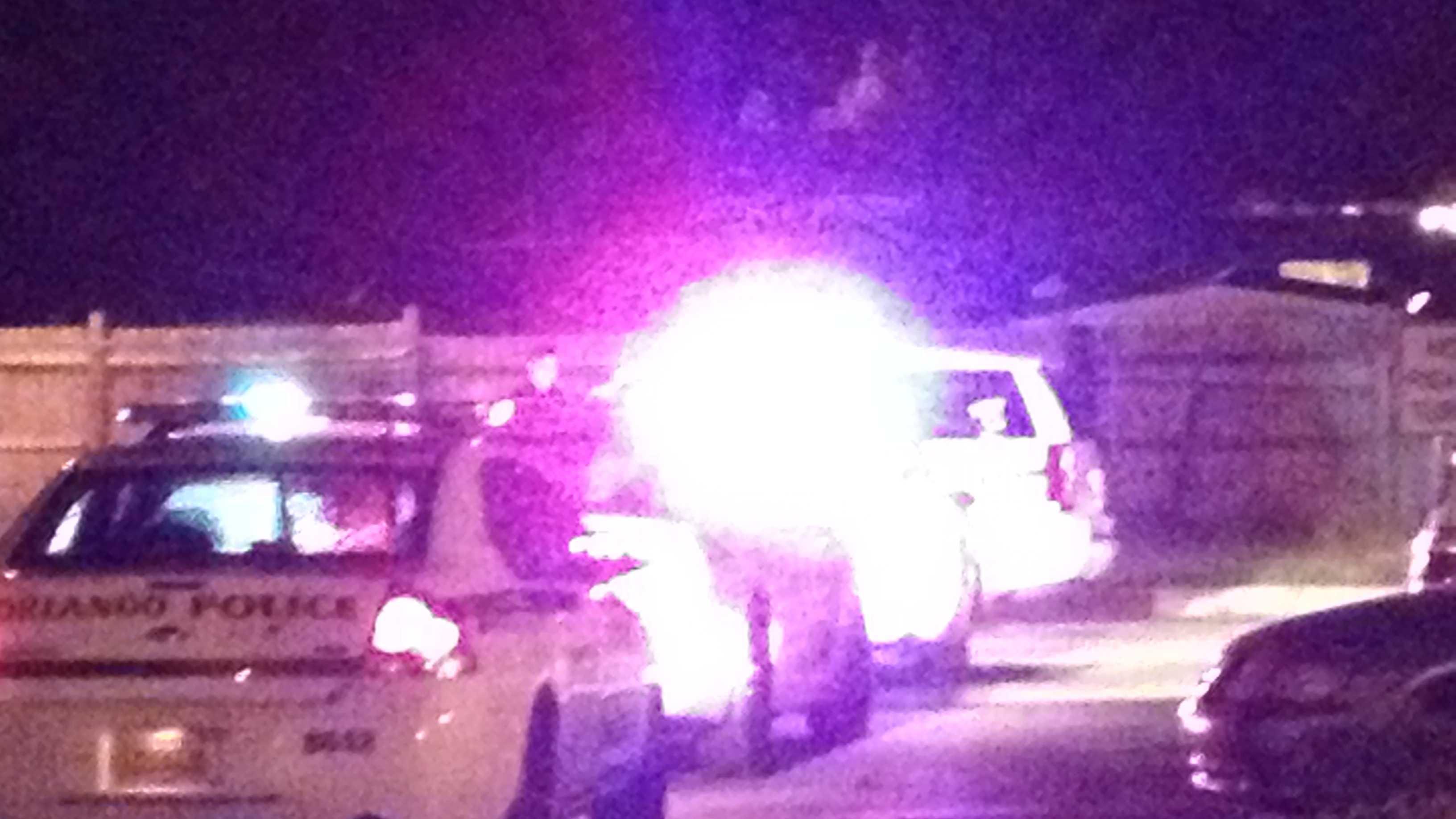 Orlando police investigate Sunday night shooting