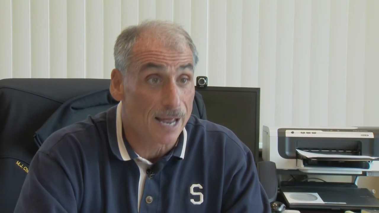Daytona Beach police chief accidentally brings gun to OIA