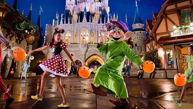 mickeys-not-so-scary-halloween-party-00-full.jpg