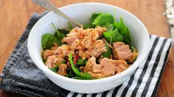 Tuna Salad with Cherries and WalnutsIngredients:4 ounces tuna, canned in oil2 tablespoons dried tart cherries2 tablespoons chopped walnuts2 teaspoons mayonnaise made with olive oilfreshly ground black pepper, to taste4 slices Arnold high protein bread1/2 cup fresh spinach