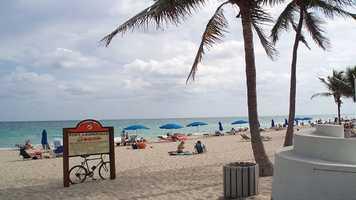 7. Fort Lauderdale, FLPopulation: 170,827Violent Crimes: 9.11 per 1,000 residentsProperty Crimes: 58.80 per 1,000 residentsTotal Reported Crimes: 67.92 per 1,000 residents
