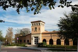 1. Cornell Fine Arts MuseumThe Cornell Fine Arts Museum is home to several historical works and guests can see the exhibits free of charge.The museum is closed on Sundays.Address:Building No. 303, 1000 Holt Ave., Winter Park, FL 32789