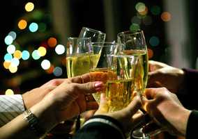 This year has come to an end, which can only mean it's time to welcome 2015 with fireworks, champagne toasts and over-the-top parties. Find out who's having the best New Years celebrations around Orlando.