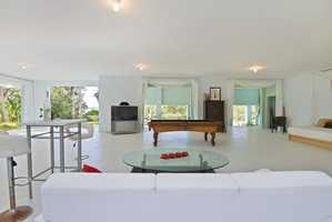 Welcome to the top floor! An open floor plan with panoramic views.
