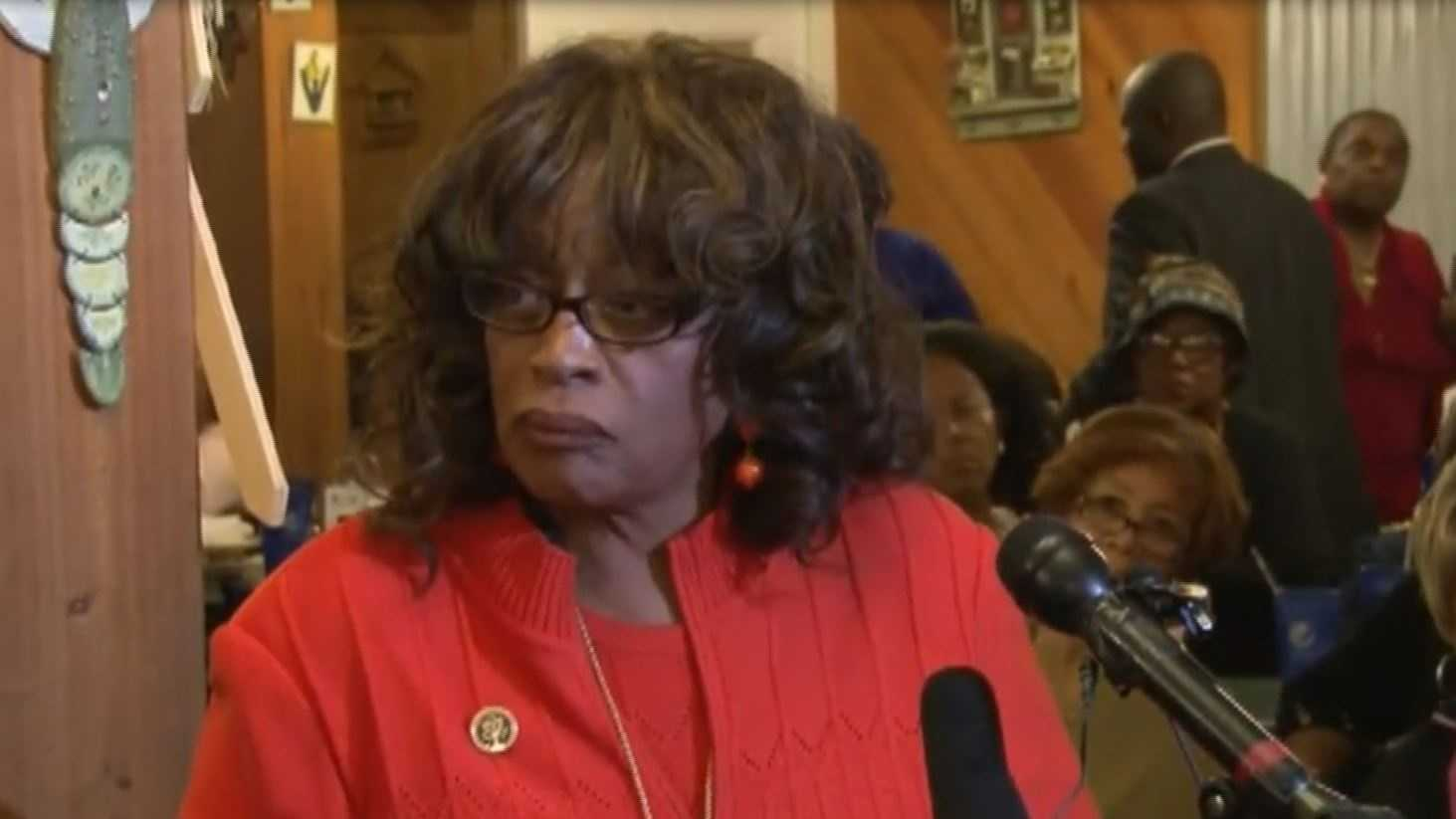 corrine brown speaks.JPG