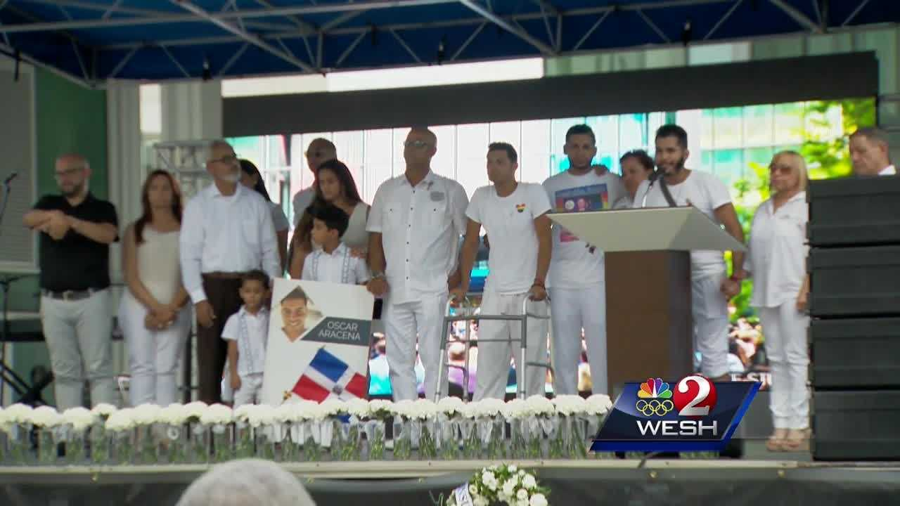Hispanic community gathers in remembrance of Pulse shooting victims