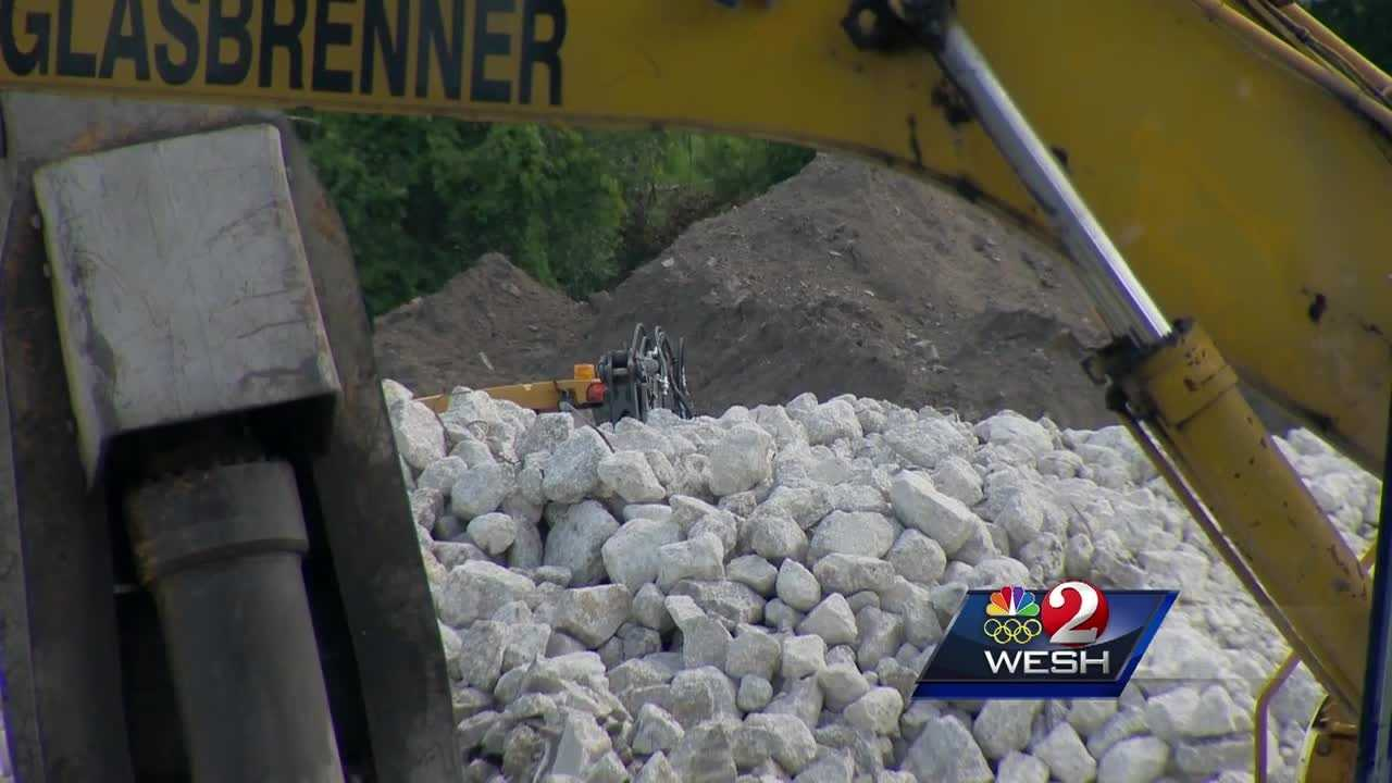 Crews using recycled material in I-4 construction